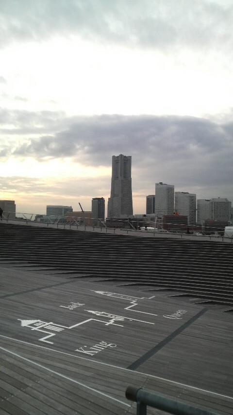 横浜大さん橋にて